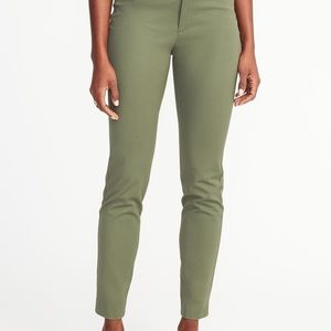 Old Navy Mid-Rise Pixie Skinny Ankle Pants, 8 R
